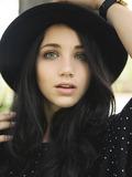 Emily Rudd - Lauren